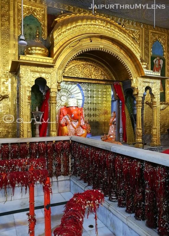 moti-dungari-ganesh-temple-jaipur-live-darshan