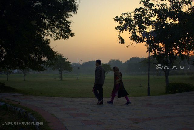 central-park-jaipur-for-couple-jogging-morning