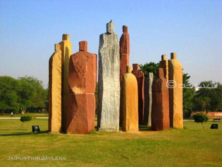 stone-art-installation-jaipur-central-park-sameer-wheaton