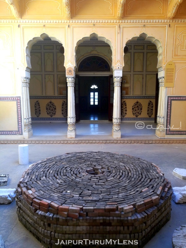 sculpture-park-nahargarh-fort-jaipur-madhvendra-bhawan-queen-summer-suite