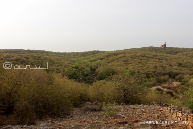 trekking-in-jaipur-hathuni-kund