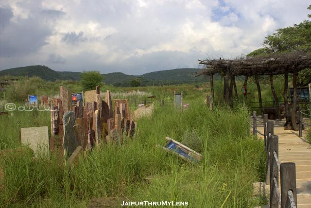 kishan-bagh-jaipur-eco-trail-desert-restoration