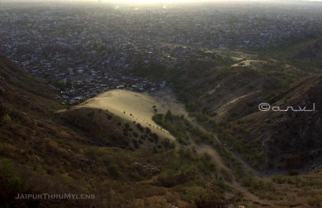 sand-dunes-jaipur-nahargarh-fort-view