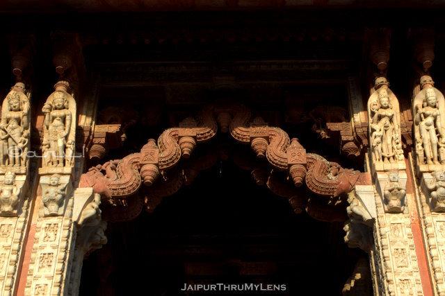 amer-heritage-walking-tour-toran-jain-temple