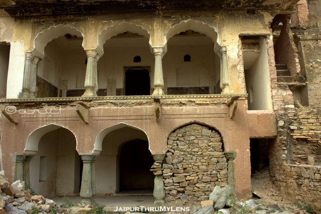 amer-old-fort-village-history-walking-tour