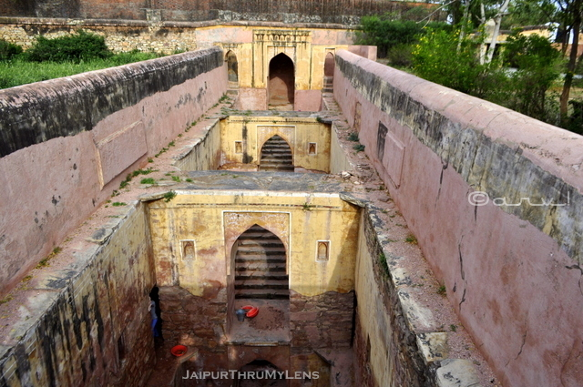 ancient-amer-stepwell-jaipur-rajasthan-india-