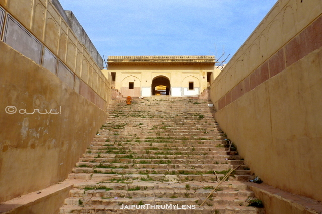 ancient-jaipur-stepwell-architecture-design-rajasthan