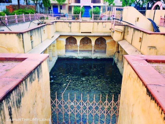 bengali-baba-baori-stepwell-architecture-jaipur