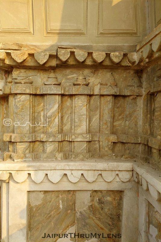 heritage-walking-tour-in-jaipur-amer-town-old-temple