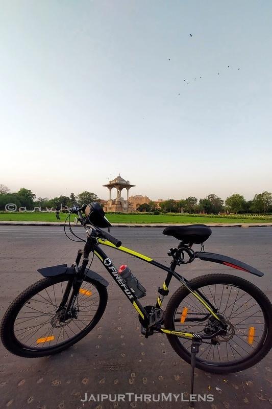 most-popular-cycling-routes-jaipur-c-scheme-statute-circle