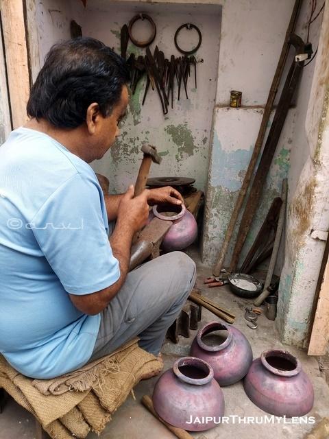 jaipur-craft-thathera-metal-craftsmen-jaipur-market