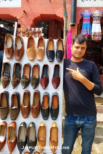 mojari-jaipur-shop-for-men-market-guide-blog